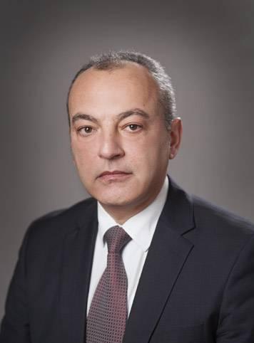 Гълъб Донев - Експертът - Труд