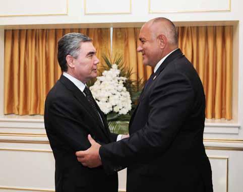 Премиерът Бойко Борисов обсъди нови възможности за сътрудничество с президента на Туркменистан Гурбангули Бердимухамедов.