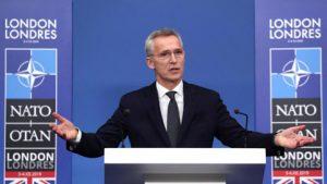НАТО ще работи също така и върху разработването и подписването на нови отбранителни споразумение с Русия и Китай, настоя Йенс Столтенберг.