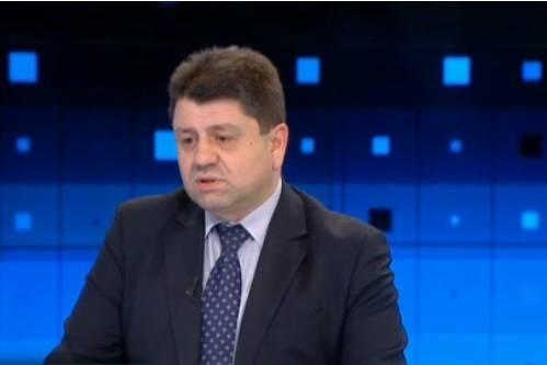"""""""Предложението да оттегля кандидатурата си за председателското място в ЦИК"""