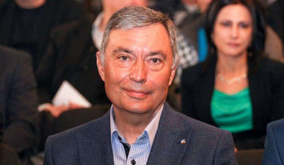 Приближентият до бизнесмена Васил Божков - Георги Попов е решил