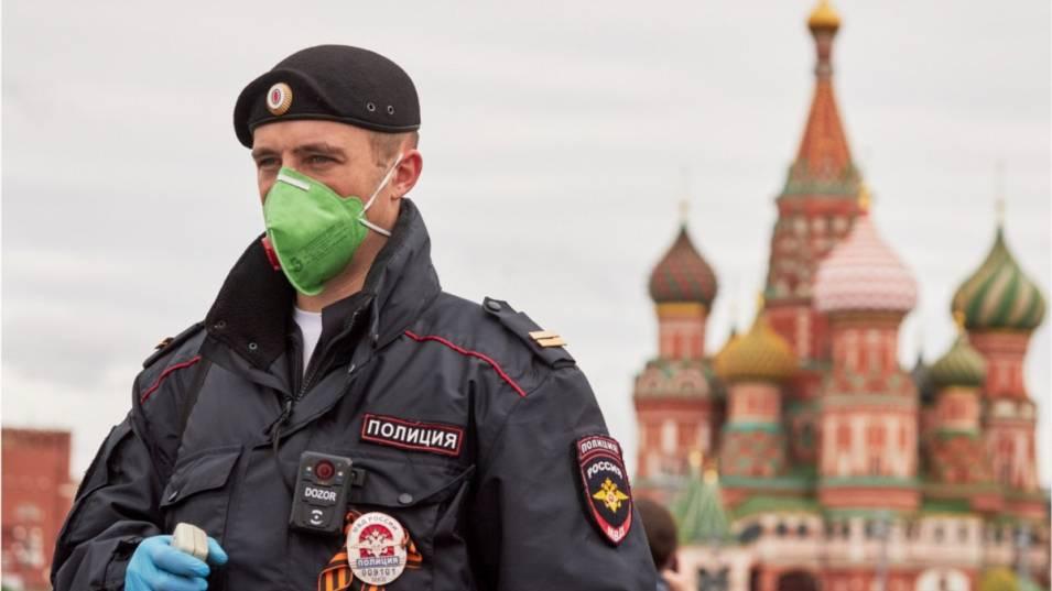 Русия съобщи днес за 17 906 нови случая на Covid-19,