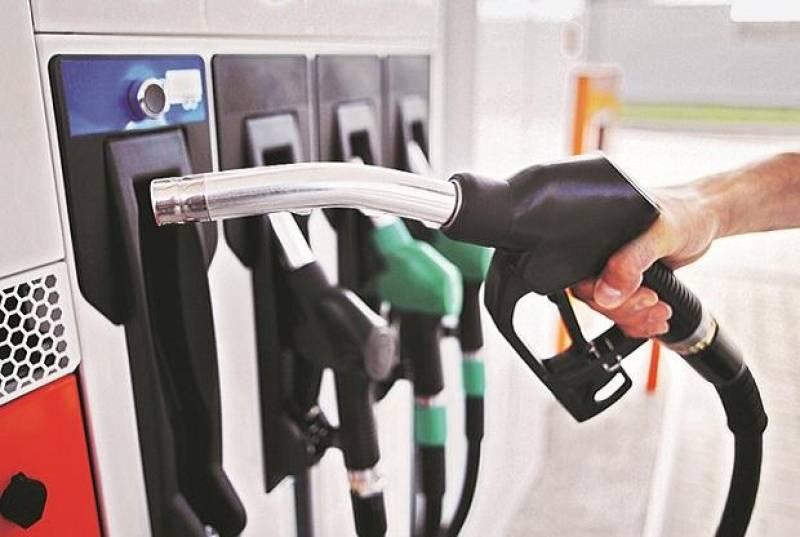 За първи случаи на недостиг на гориво съобщават в САЩ,