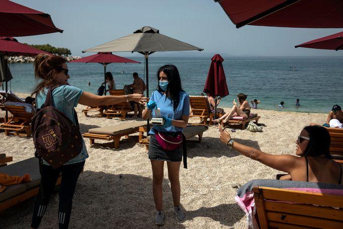 Властите в Гърция обявиха отварянето на страната за туристи от