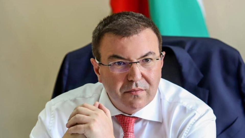 Проблемът с ваксините е световен, ваксини няма за всички. България