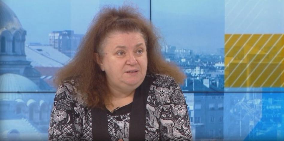 Проф. Александрова посъветва хората, които са преболедували COVID-19 между двете
