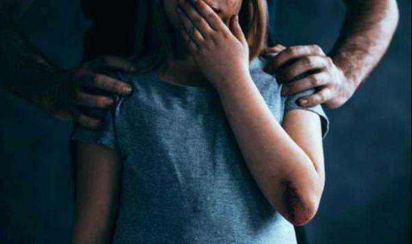 Задържаха тийнейджър за блудство с 8-годишно момиченце - Труд