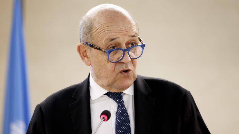 Френският министър на външните работи Жан-Ив Льо Дриан упрекна днес