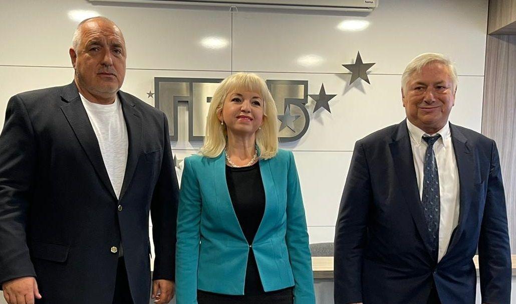 Председателят на ГЕРБ Бойко Борисов подписа споразумения за партньорство с