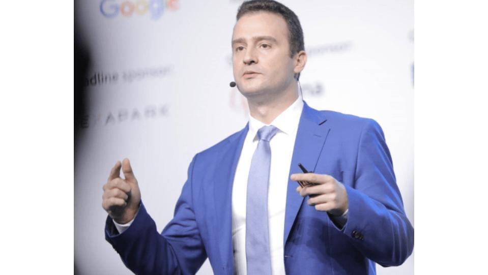 Зам.-министърът на енергетиката Жечо Станков се размина на косъм с