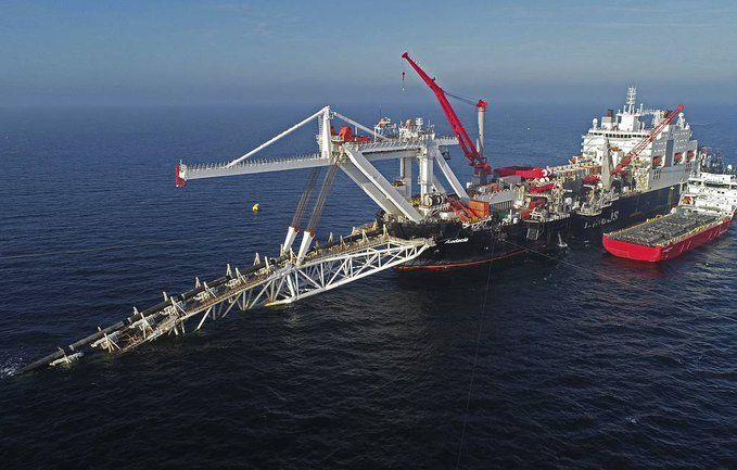 """Руският тръбополагащ кораб """"Академик Черски"""" пристигна в териториалните води на"""