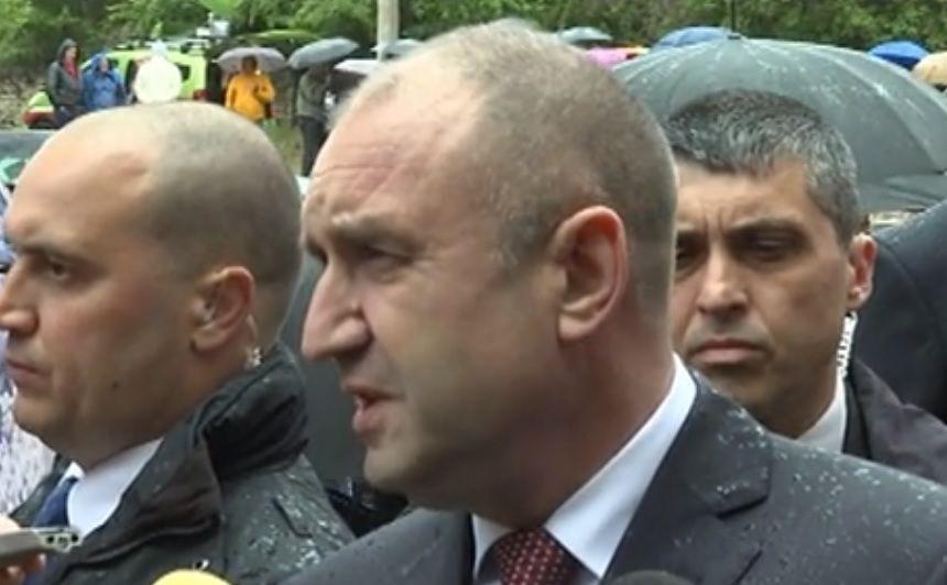 Президентът Румен Радев обяви, че със служебното правителство започва да