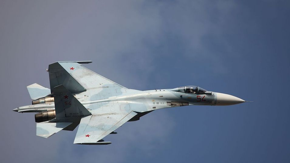 Изтребител Су-27 на ВВС и ПВО на Южния военен окръг