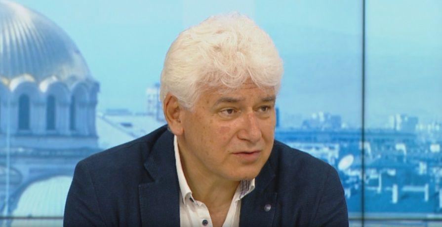 Бившият конституционен съдия проф. Пламен Киров коментира пред , че