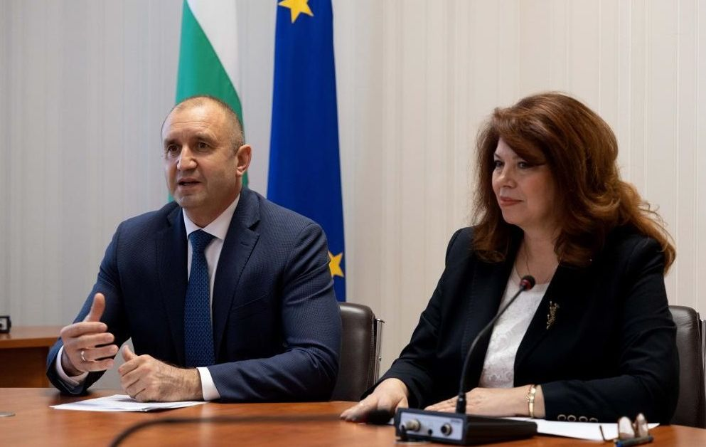 Трябва да излезем от парадигмата за България само в нейните