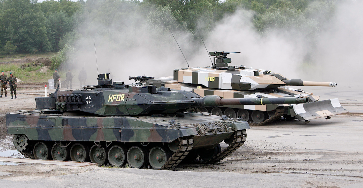 Съдбата на редица големи военни проекти в Германия остава несигурна
