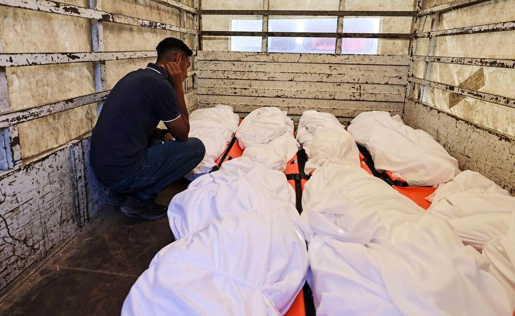 Най-малко 26 човека са загинали и 50 са били ранени