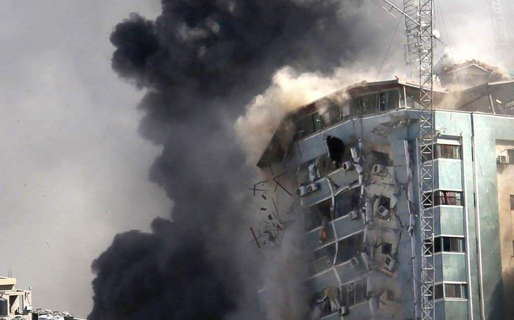 Ракета, изстреляна от ивицата Газа, уби днес двама тайландски работници