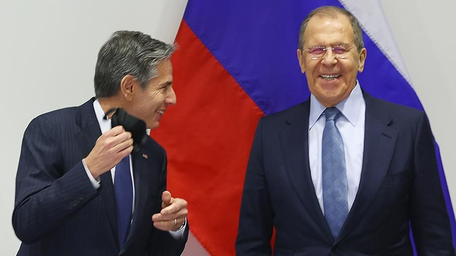 Руският външен министър Сергей Лавров се пошегува, когато го попитаха