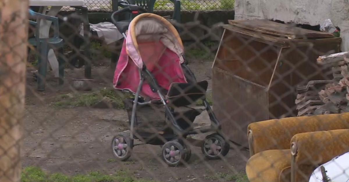 Бебето, което беше изхвърлено през тераса от майка си в