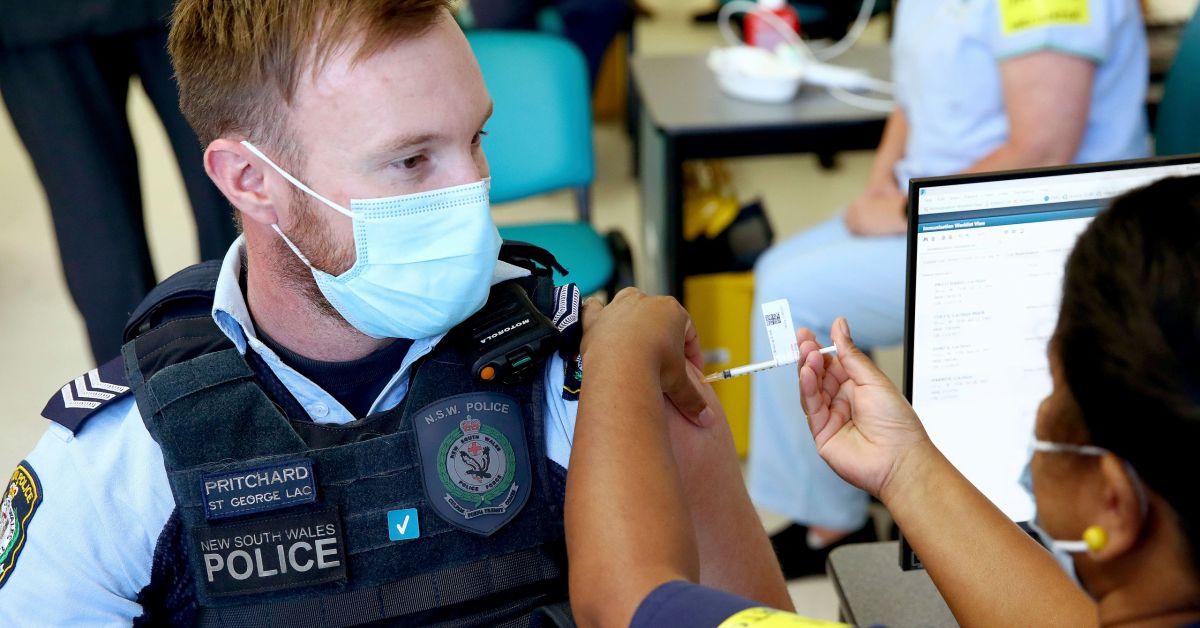 """Австралия ще премахне ваксината """"Vaxzevria"""" от британско-шведската компания """"AstraZeneca"""" до"""