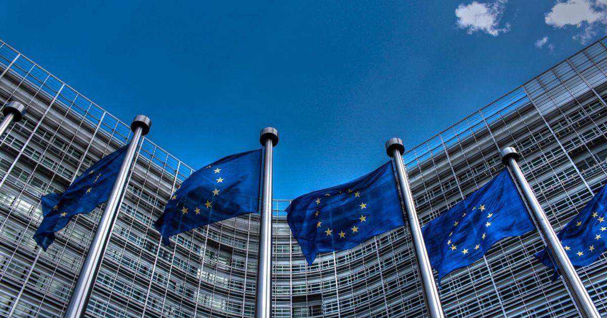 ЕС удължи с година наказателните меркиСАЩ подготвят нови санкции срещу