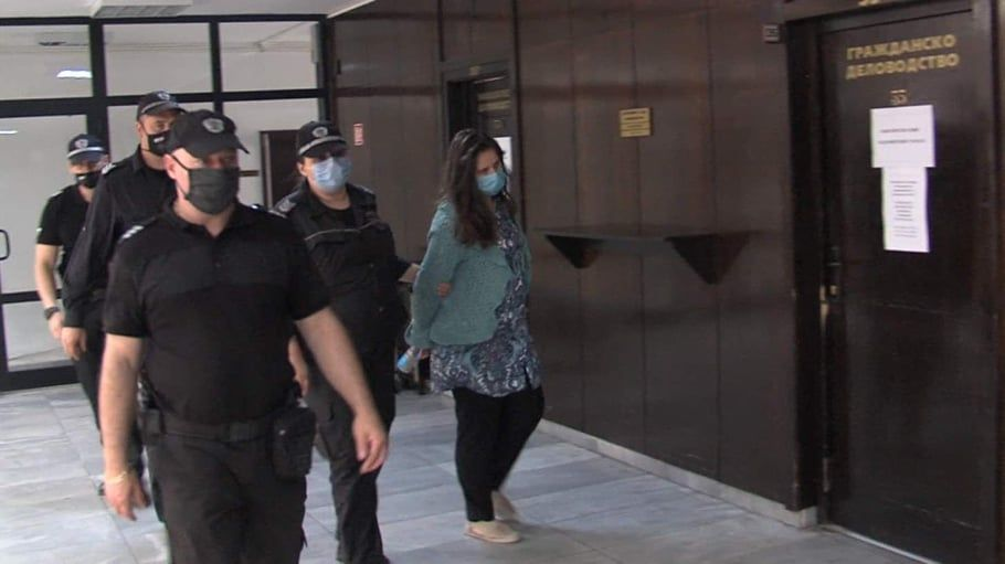 Окръжен съд-Благоевград остави в ареста Кристина Дунчева от Сандански, майката,