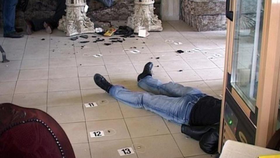 """Сцена от """"Кръстникът"""" вдъхновява килъриСред трите жертви е и Митко"""