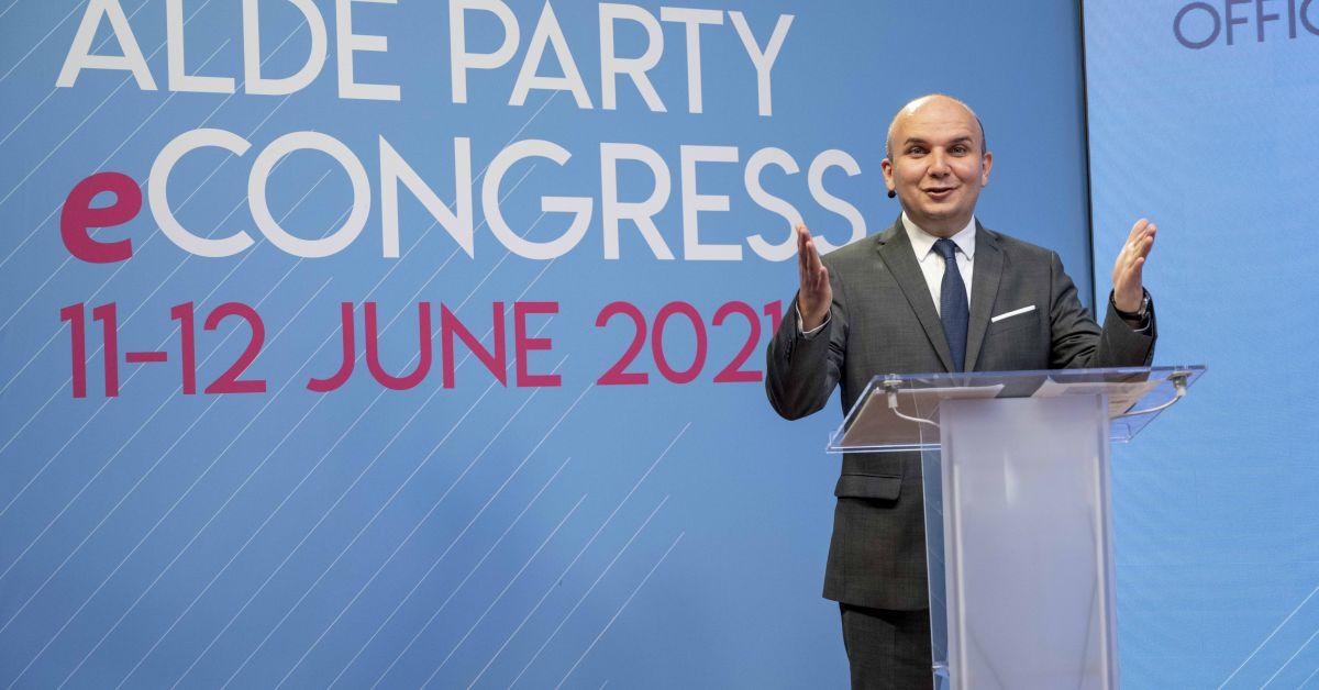 Евродепутатът Илхан Кючюк бе избран за председател на Партията на