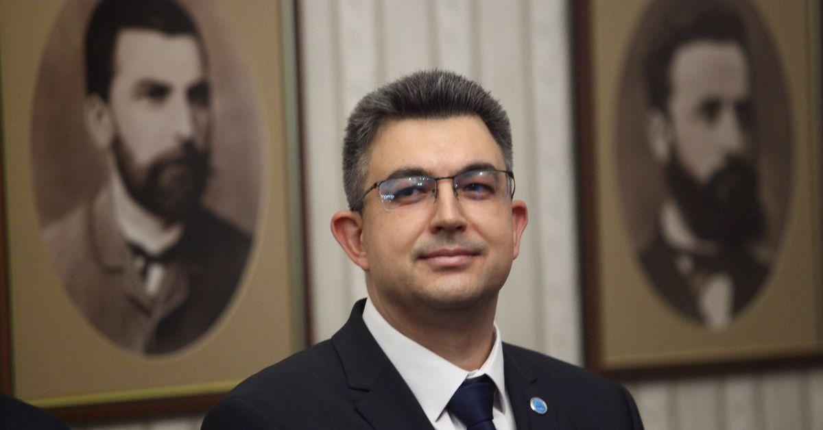Кандидатът за премиер Пламен Николов смята, че мандатът може да