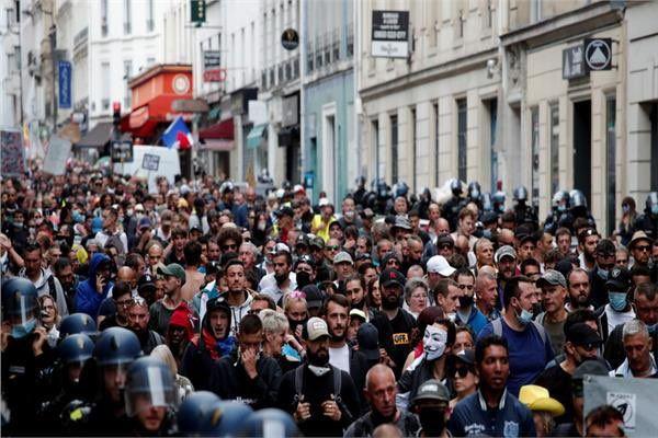 Повече от 40 000 протестиращи срещу COVID сертификатите за 14-та